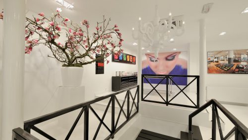 Design Innenausstattung Schönheitssalon Inglot, Amsterdam