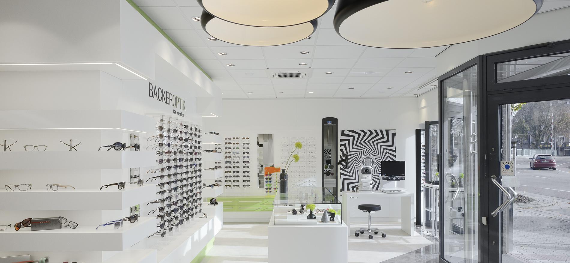 Einrichting Augenoptiker Backer Optik WSB Ladenbau