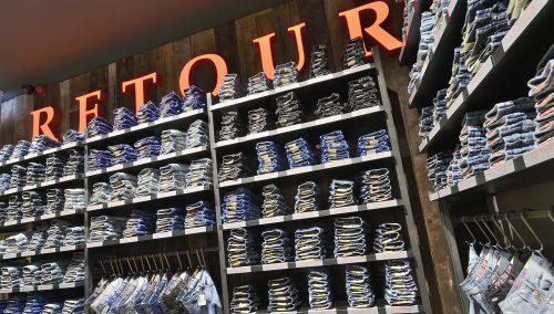 Outlet concept store Retour Jeans, Roermond