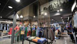 Stout Jeans, Entwurf und Ausfuhrung: WSB Ladenbau Mode