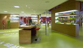 Ladenbau Fitness und Sportcentrum mit Wellness Julien, Lienden