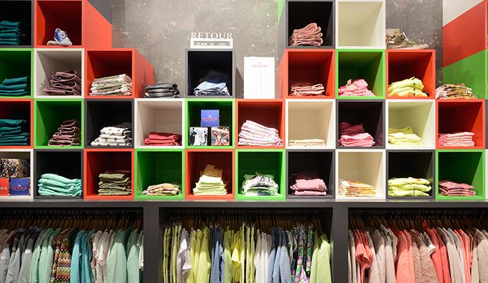 Retour jeans denim de luxe design von wsb ladenbau for Bo konzept