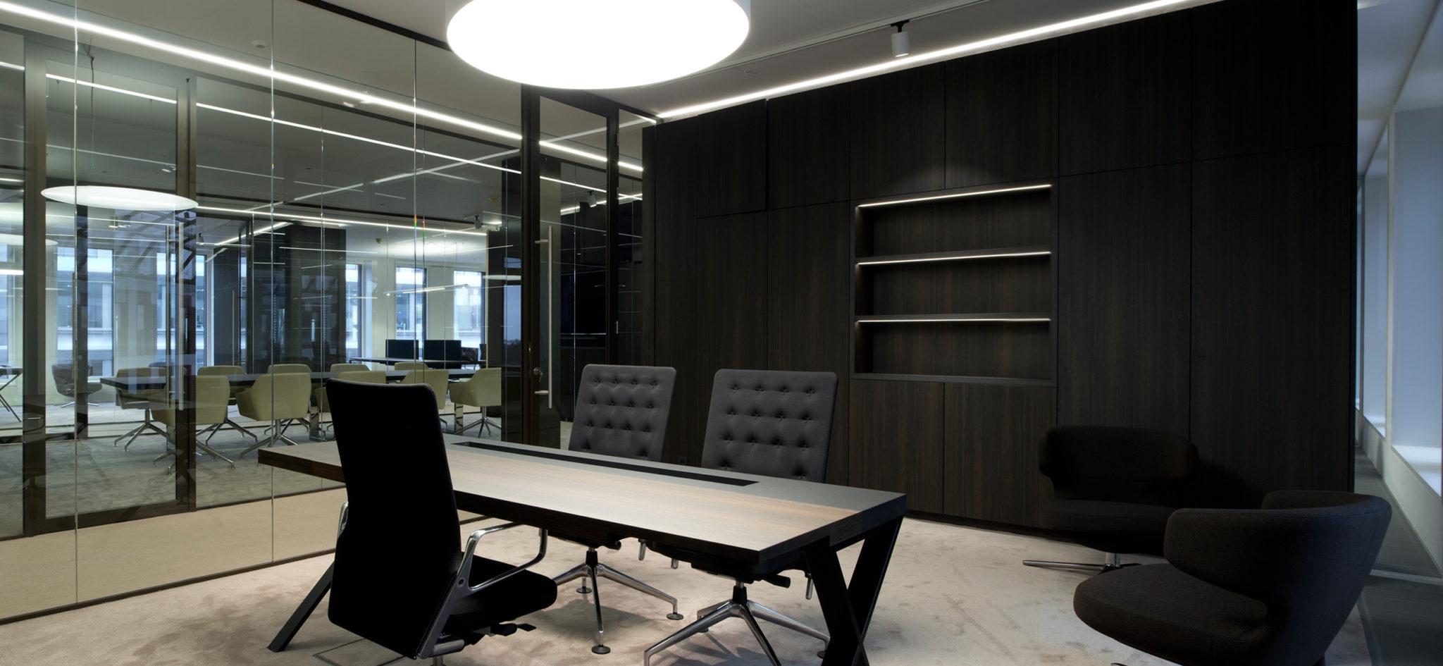 Möbel nach Maß für ein Büro in Luxemburg von WSB-Ladenbau