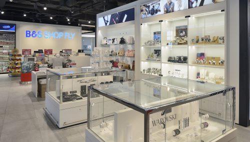 Shop&Fly | Bremen (DE) – Ladeneinrichtung Flughafen